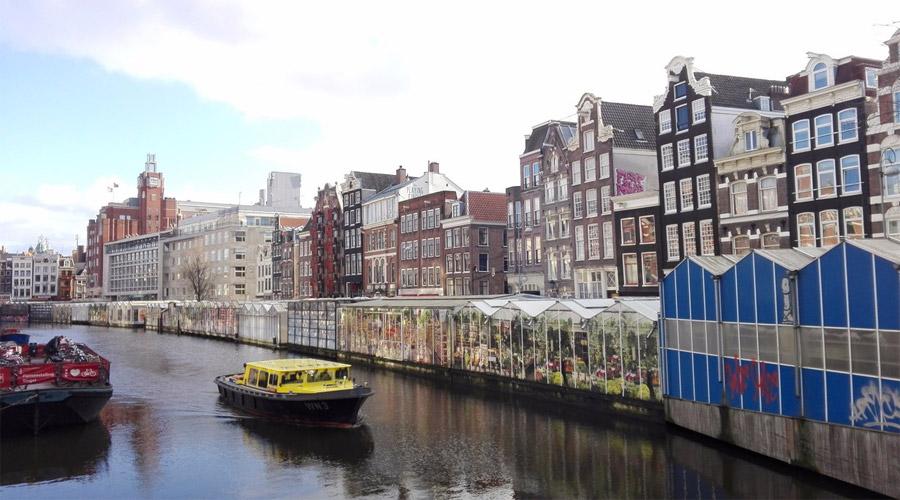 Floating Flower Market.Bloemensingel Flower Market In Amsterdam